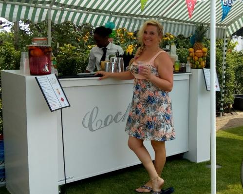 cocktailbar in naaldwijk op 4-8-2018